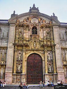 Portico de la Catedral de Lima  Peru