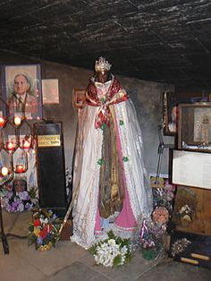 Sara Kali, Roma saint, Christianized heir of Ishtar. Every year Roma come to Saintes-Maries-de-la-Mer to carry her to the sea for an annual blessing.