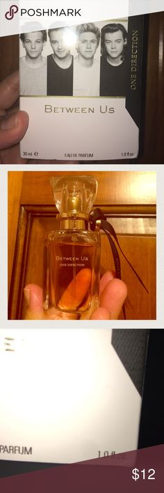 One Direction Perfume One Direction Between Us perfume. 30 ml(1.0 fl oz.) I have used it maybe a handful of times. Picture shows current level. One Direction Other