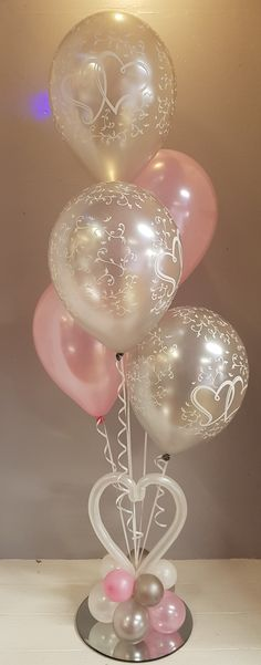 Wedding balloons in pink and silver Wedding balloons in pink and silver Birthday Room Decorations, Wedding Balloon Decorations, Wedding Centerpieces, Wedding Ballons, Pink Silver Weddings, Baby Shower Deco, Personalized Balloons, Balloons And More, Balloon Arrangements