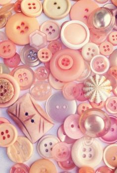 Buttons in Pink, Apricot and Peach Button Art, Button Crafts, Vintage Sewing Notions, Shades Of Peach, Types Of Buttons, Passementerie, Just Peachy, Everything Pink, Sewing A Button