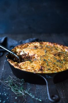 Pastitsio!!! Simple authentic Greek baked pasta dish with a rich flavorful lamb (or beef) bolognese infused with Greek spices and flavors. Perfect for entertaining!