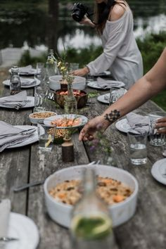 Rustic, wood table setting | Outdoor party food photography, gathering, table setting, table styling