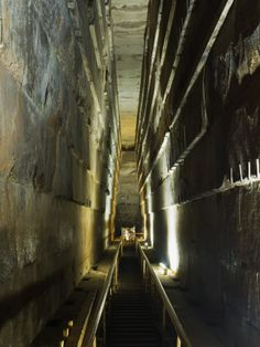Photographic Print: Grand Gallery Inside the Great Pyramid of Khufu, Giza, Egypt by Schlenker Jochen : Ancient Aliens, Ancient Egypt, Ancient History, Giza Egypt, Pyramids Of Giza, Egyptian Temple, Egyptian Art, Great Pyramid Of Khufu, Arte Alien