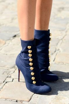 Street Style| Paris Fashion Week SS 2013. Military inspired with a royal blue. Tres magnifique!