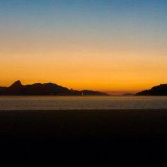 Bom dia! Good Morning!  Praia do Flamengo - Flamengo beach - Rio De Janeiro #bomdia #goodmorning #sunrise #sunriselover #letsgetit #landscape #sunset #riodejaneiro #praias by brazilmag