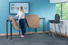 #Muzo Tall Kite being unfolded to create a working space.
