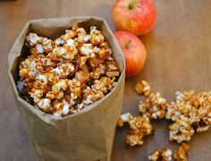 Caramel Apple Popcorn | Virtually Homemade: Caramel Apple Popcorn