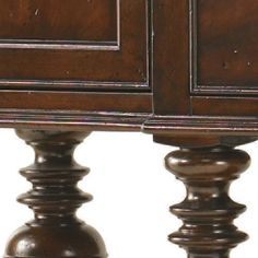 Lexington Barclay Square Oxford Sideboard in Burnished Hand Rubbed Cherry