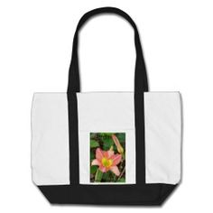Daylily Bag This is a great gift and 25% of the funds will go to Cancer research. Kind regards Brian L Art