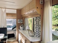 Caravan Renovation Before And After 552394710542338022 Caravan Renovation Before And After, Camper Renovation, Best Caravan, Caravan Makeover, Van Home, Vintage Caravans, Vintage Campers, Bedroom Vintage, Minimalist Living
