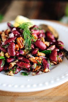 Bean and Pecan Salad - super easy, fast, delicious, healthy and filling meal with minimum ingredients