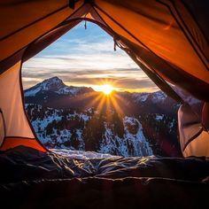 ВсякоРазности: Шикарные утренние виды из палатки
