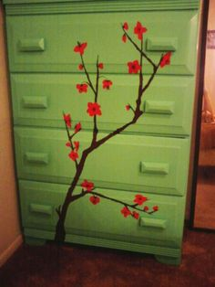I used to paint a lot of cherry blossoms. I like it on the dresser. Paint Furniture, Furniture Ideas, Arizona Tea, Dresser, Diy Ideas, Craft Ideas, Diy Projects, Diy Crafts, Crafty