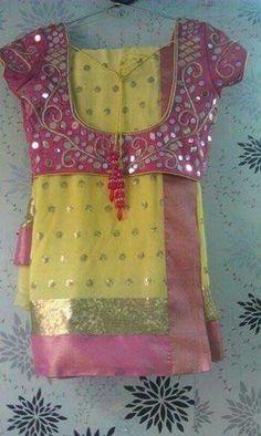 Saree Blouse Patterns, Saree Blouse Designs, Blouse Styles, Mirror Work Saree Blouse, Mirror Work Blouse Design, Indian Blouse, Indian Sarees, Indian Wear, Fancy Blouse Designs