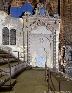 The Kenosha Theatre in ruins
