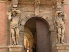 Now I would feel protected if I had these doors! Sculpture of Palazzo Davia Bargellini in Bologna. Picture by Paolo Carboni. Neoclassical Architecture, Architecture Details, Architectural Sculpture, Wooden Statues, Egyptian Symbols, Art Reference, Lion Sculpture, Sculpture Ideas, Sculpting