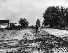 Sunset Boulevard at Gower in 1907. Courtesy of the Photo Collection - Los Angeles Public Library.