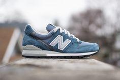 NEW BALANCE 996 MADE IN USA (NAVY) - Sneaker Freaker