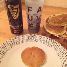 Bébé pancacke & longue journée. #pancakes #bière #guinness #food #foodporn #longuejournée #night #good #calme #FAUVE #fauvecorp #NuitFauve2015 #memories