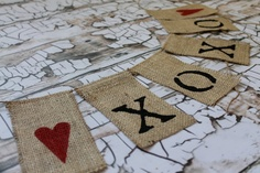 burlap Valentines day banner -- item no longer available, but a cute idea to make