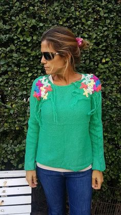 Ropa bordada Diy Shirt, Winter Season, Cross Stitch Embroidery, Textiles, Pullover, Clothes For Women, My Style, Sweaters, Handmade