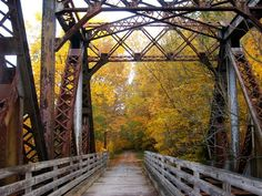 Bike or hike the Great Allegheny trail from Pittsburgh to D.C.