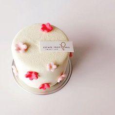 Mini flower cake.