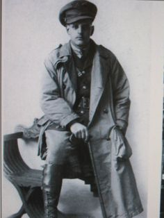 TRENCH COAT REFERENCE PHOTOS (1)