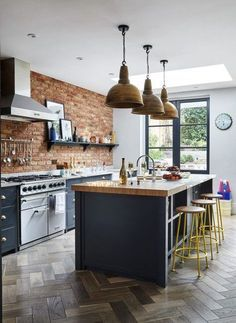 57 Kitchen Decor Trending Today - Home Decoration Experts - Design della cucina Open Plan Kitchen, New Kitchen, Kitchen Dining, Kitchen Decor, Awesome Kitchen, Kitchen Brick, Stylish Kitchen, Island Kitchen, Rustic Kitchen
