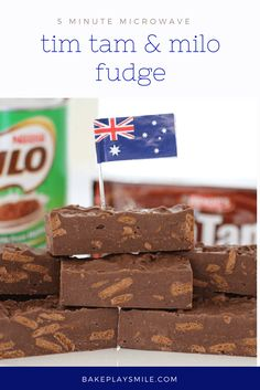 It doesn't get any more Australian than this Microwave Tim Tam & Milo Fudge. Two iconic Australian ingredients in one super easy fudge! Read Recipe by krismjack Easy Desserts, Delicious Desserts, Dessert Recipes, Yummy Food, Awesome Desserts, Australian Desserts, Australian Food, Australian Christmas Food, Australian Recipes