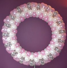 The Very Best Balloon Blog: How to make a Christmas Wreath