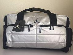 NIKE Jordan Men Gym Bag Luggage Jumpman Silver Wet/Dry Shoe Pocket Polyester…