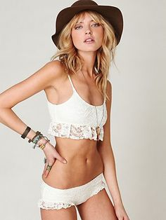 LOVE this bathing suit.