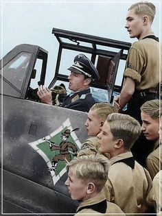Hermann Graf Color photo World war II worldwartwo.filminspector.com