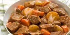 COMIDINHAS FÁCEIS: Cubos de carne com batatas e cenoura
