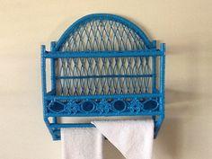 Vintage up cycled wicker wall shelf towel bar / bathroom decor / turquoise shelf - Market57