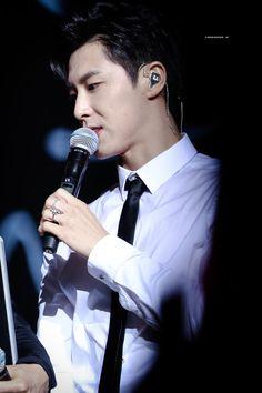 Jung Yunho, K Idol, Kpop, Tvxq, Korean Men, Comebacks, Poses, Concert, Singers