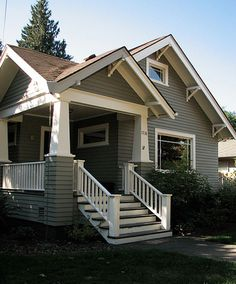 Craftsman Bungalow – Forest Grove cute house i think i would like this :] Craftsman Exterior, Craftsman Style Homes, Craftsman Bungalows, Craftsman Houses, Craftsman Porch, Cafe Exterior, Exterior Stairs, Grey Exterior, Craftsman Kitchen
