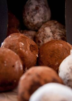 of amazing chocolate recipes. This is where you will find that perfect recipe made with chocolate. Dark Chocolate Truffles, Chocolate Fondant, Chocolate Treats, Best Chocolate, Chocolate Recipes, Chocolate Heaven, Chocolate Brownies, Delicious Chocolate, Health Desserts