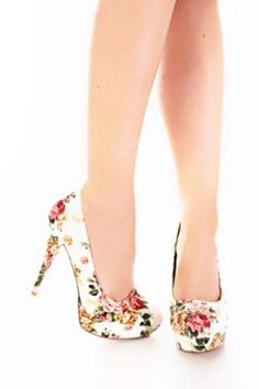 White Multi Fabric Floral Printed Platform Heels from amiclubware Floral High Heels, Floral Print Shoes, Floral Pumps, Art Floral, Pretty Shoes, Cute Shoes, Me Too Shoes, Shoe Boots, Shoes Heels