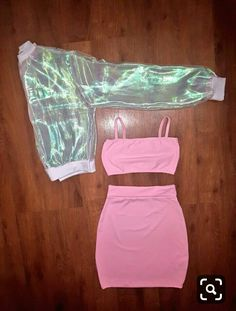 - Kinder ModeYou can find Outfits for teens and more on our website.- Kinder Mode for teens Girls Fashion Clothes, Teen Fashion Outfits, Mode Outfits, Outfits For Teens, Girl Fashion, Summer Outfits, Girl Outfits, Neon Outfits, Fashion Mode