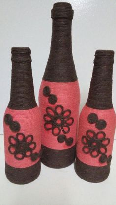 Wine Bottle Design, Wine Bottle Art, Diy Bottle, Wine Bottle Crafts, Mason Jar Crafts, Twine Crafts, Wine Cork Crafts, Yarn Wrapped Bottles, Trending Crafts
