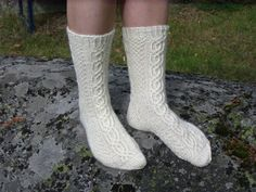 Ravelry: Saltkråkan pattern by Elina Norros Crochet Socks, Knitting Socks, Knit Socks, Yarn Colors, One Color, Colour, Mittens, Ravelry, Knitting Patterns