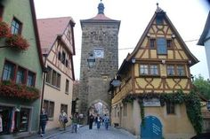 Romantic Road, Rothenburg, and Harburg Day Tour from Munich 2018