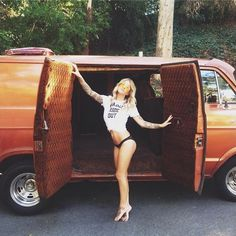 Check out Rolling Room for a wide variety of Custom Van Pictures. Vintage and Current Vans. Submit your van pictures and re-blog! http://rollingroomphotography.tumblr.com/