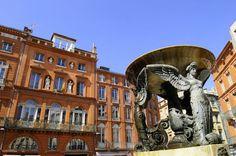 Toulouse : le Capitole et ses hôtels particuliers. Toulouse ville rose ou je suis ne.