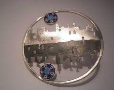 Aline Kokinopoulos - (Venise) - brooch +ou- 10 cm diam.