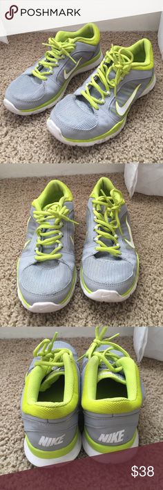 Gently-worn Nike Roshe Barely-used, great pair of Nikes Nike Shoes Athletic Shoes
