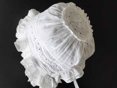 Look at the 'crown' on this Baby Bonnet...cool!                                                                                                                                                                                 More